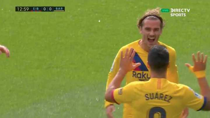 Griezmann marcó el primero de Barcelona sobre Eibar