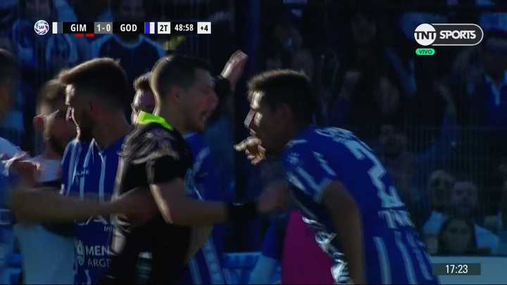 ¿Era penal sobre el final para el Tomba?