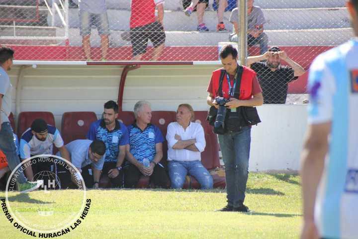 Mostaza Merlo perdió el invicto en Racing de Córdoba