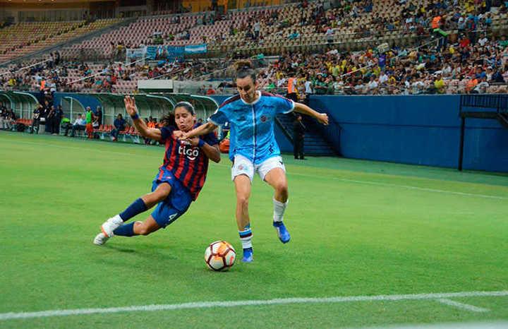 La UAI Urquiza igualó 1-1 frente a Cerro Porteño