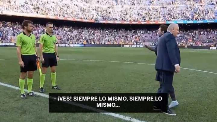 La discusión de Messi con el árbitro al finalizar el partido