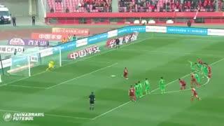En China, el gol de Lavezzi le dio tres puntos a su equipo