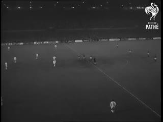 Manchester vs. Estudiantes