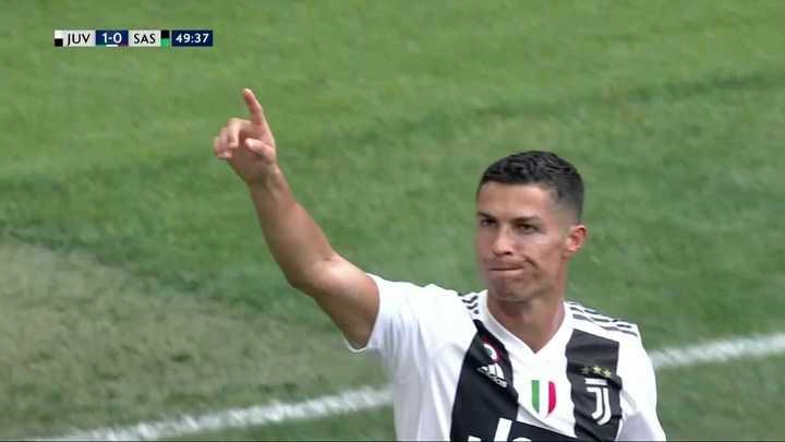 Primer gol oficial de Cristiano en la Juve