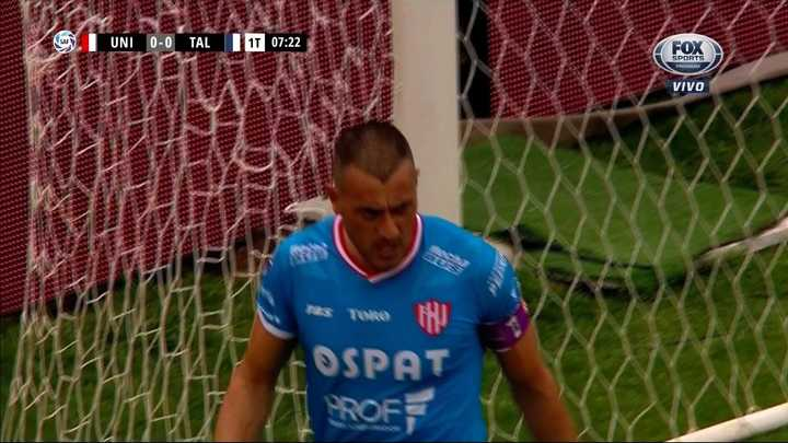 Nereo le tapó un penal a Herrera