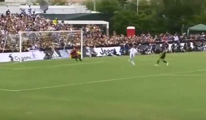 El primer gol de Ronaldo en la Juventus