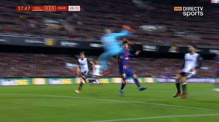 Doménech chocó feo con Messi