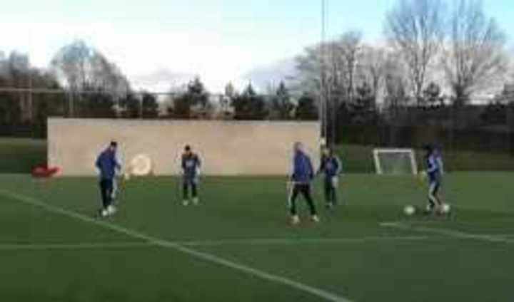 Sin Lionel Messi, el seleccionado argentino se entrenó en Inglaterra
