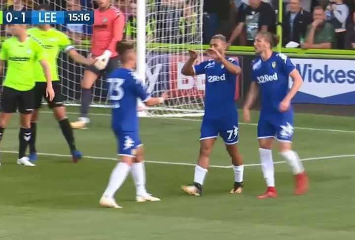 El primer gol del Leeds de Bielsa