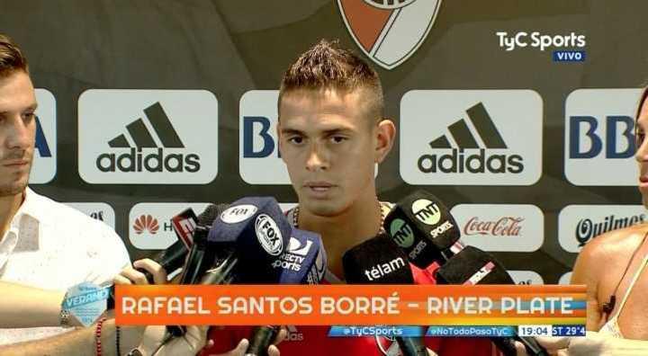 Santos Borré habló tras la práctica