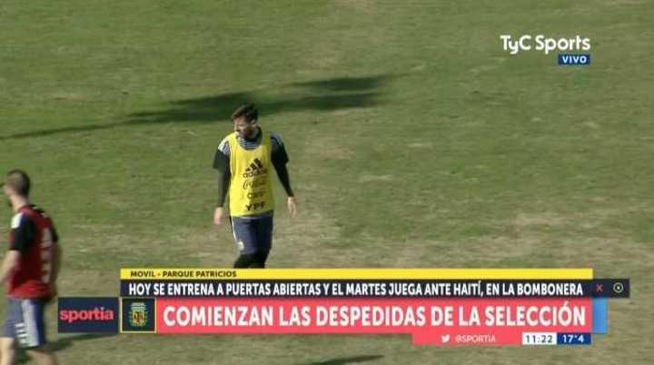 Messi metió dos goles y la gente lo festejó