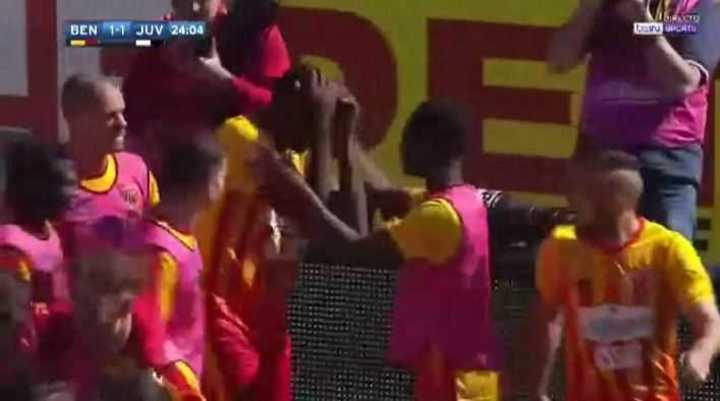 Diabate lo empató para Benevento