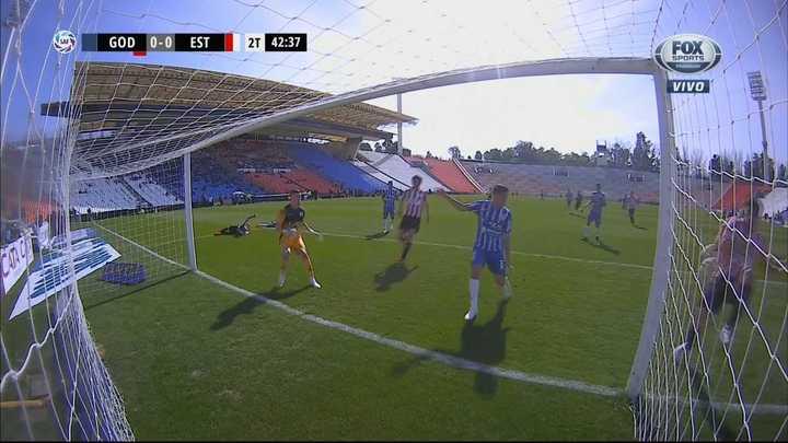 Pavone erró otro gol