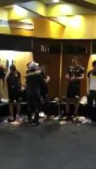 El festejo de Diego en el vestuario