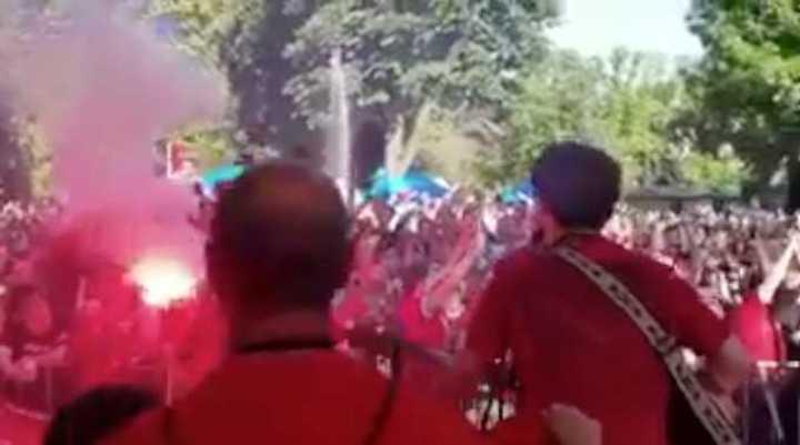 Fiesta de los hinchas del Liverpool en Kiev