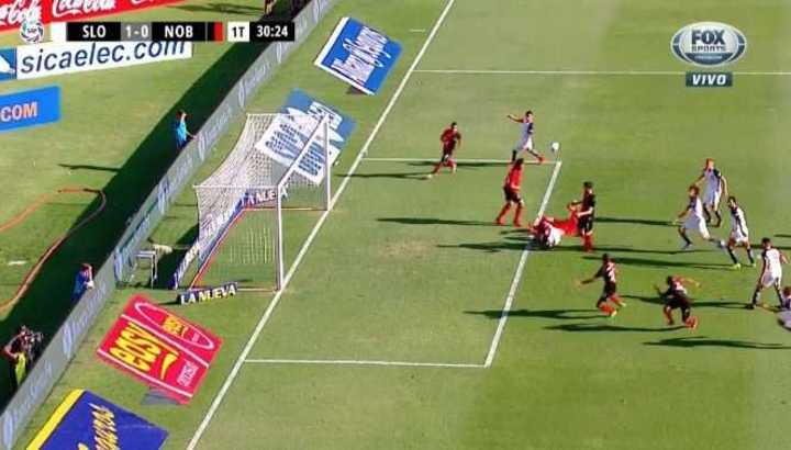 Casi gol, casi penal y roja