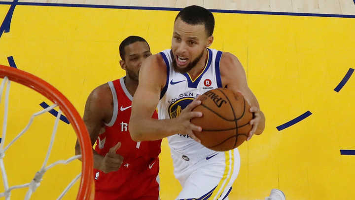 Curry volvió a despertarse