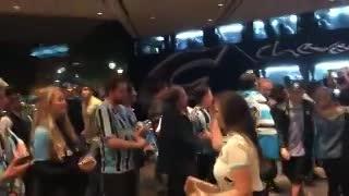 Gremio arribó al hotel en Buenos Aires