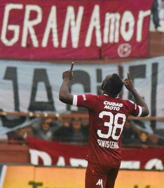 El gol del colombiano Sinisterra desató la locura de Zubeldía