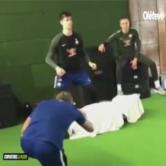 Entrena para frenar a Leo