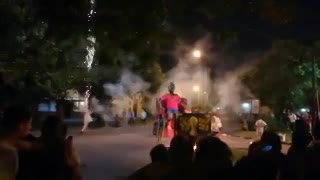 Prendieron fuego en La Plata el muñeco de Arturo Vidal