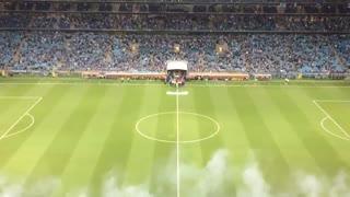 El saludo de Independiente ante Gremio
