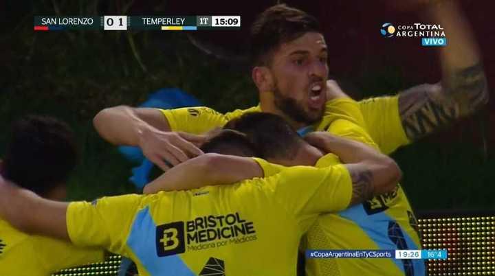El Gasolero se puso arriba con gol de Costa
