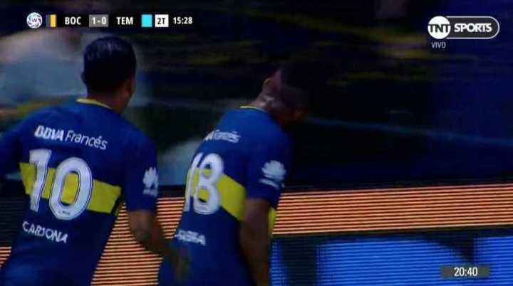 Un centro - gol de Fabra le dio el primero a Boca