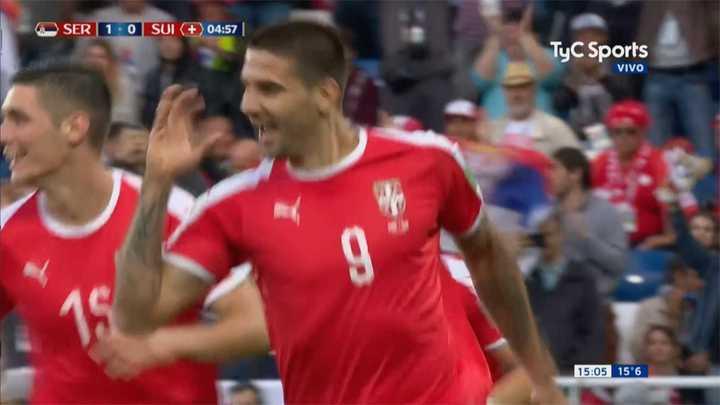 Serbia abrió rápidamente el marcador