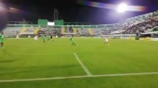 El travesaño le negó el gol a Reniero para San Lorenzo