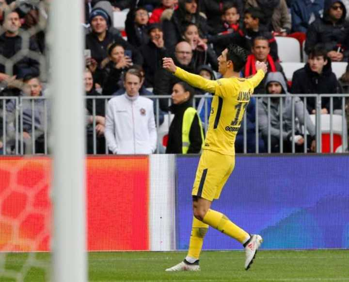 Di María metió un golazo para el 1-1 del PSG ante el Niza