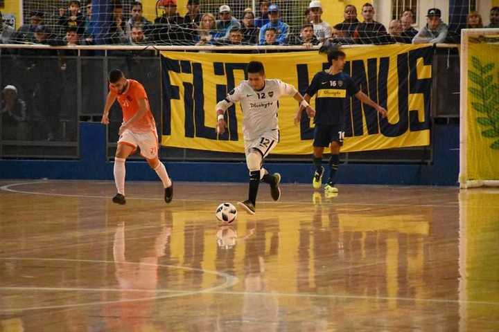 Con doblete de su arquero Quispe, Boca goleó 6-0 a La Ñata