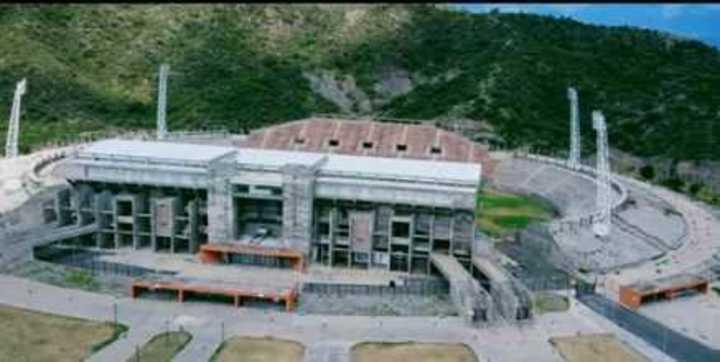 El abandonado estado del Bicentenario catamarqueño desde el cielo