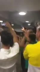 El festejo del Halcón en el vestuario del Pascual Guerrero