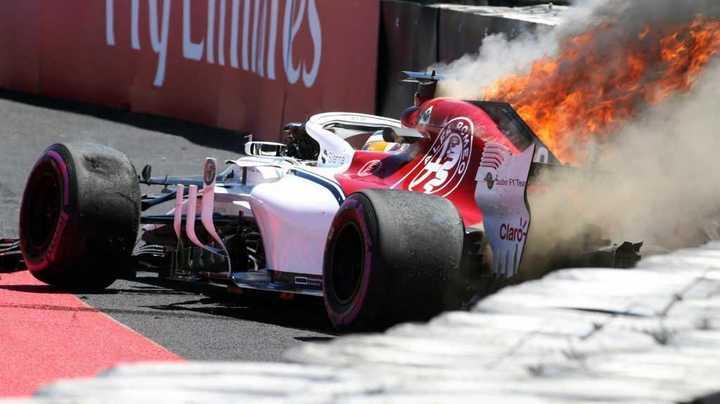 Fuego en el auto de Ericsson