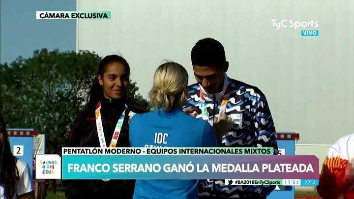 Franco Serrano recibió su medalla plateada