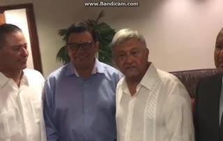 El saludo de López Obrador a Maradona