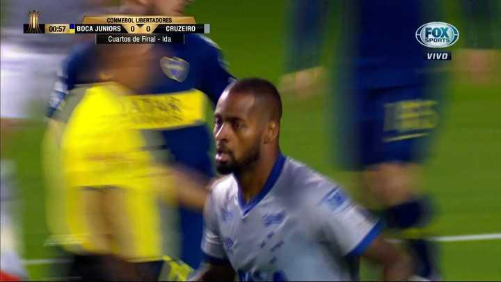 Cruzeiro tuvo la primera del partido
