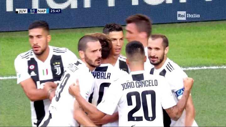 Mandžukić empató de cabeza para la Juve