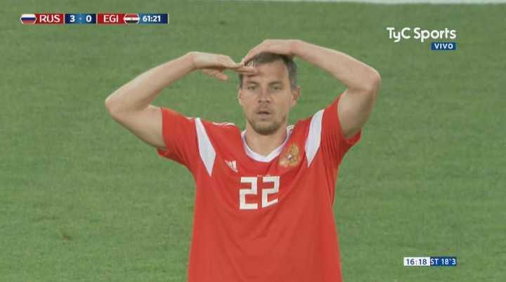 Golazo ruso para el 3-0