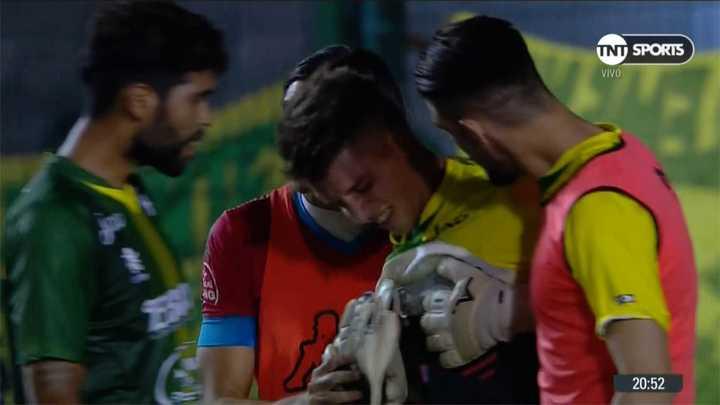 Unsain se largó a llorar porque le metieron un gol