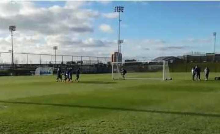 Sin Messi, la Selección se entrenó por primera vez en Manchester