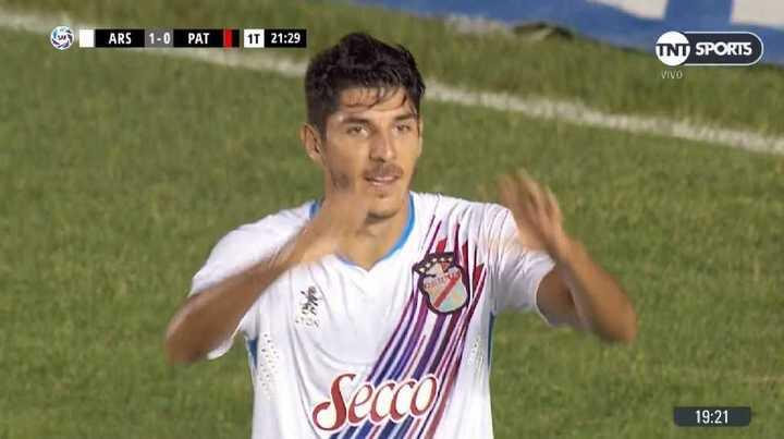 Alanís marcó el 1 a 0 para El Arse