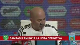 Toto Salvio fue recibido eufóricamente por su familia.