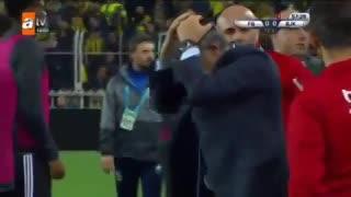 Agredieron al entrenador del Besiktas