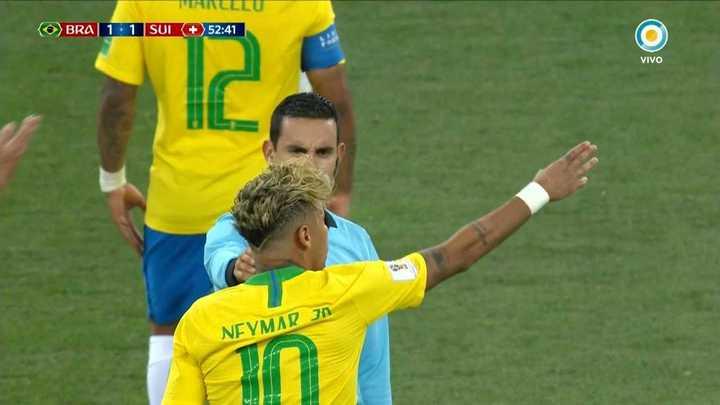 Se quejaba Neymar