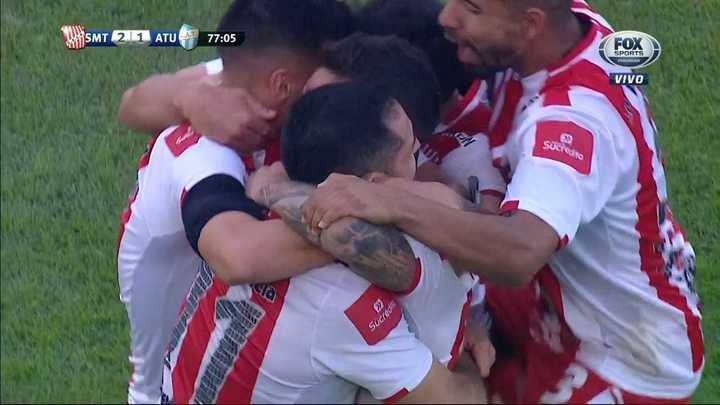 Los goles entre San Martín y Atlético Tucumán
