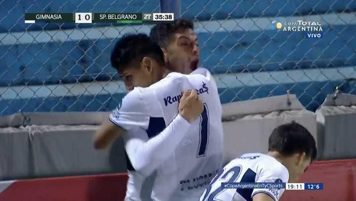 Licht arremetió contra Sportivo Belgrano