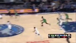 Aterradora caída en la NBA