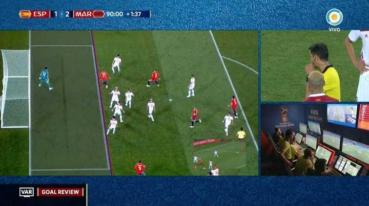 El VAR le dio el empate a España
